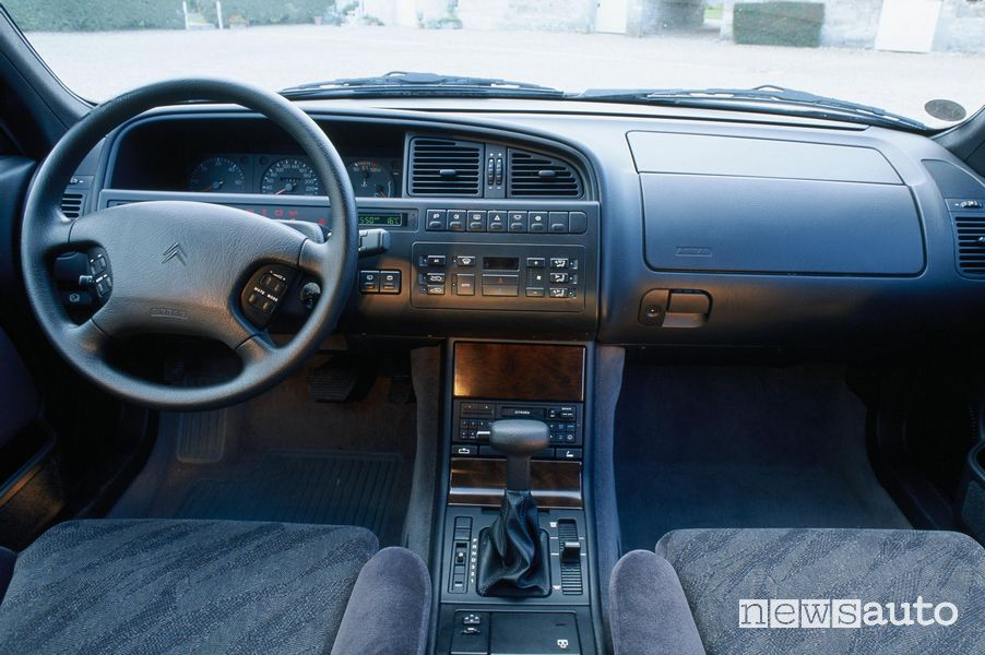 Interni Citroën XM restyling 1999