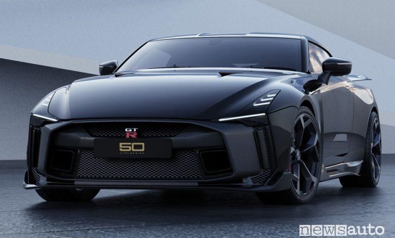 Vista di profilo Nissan GT-R50 by Italdesign rendering Black
