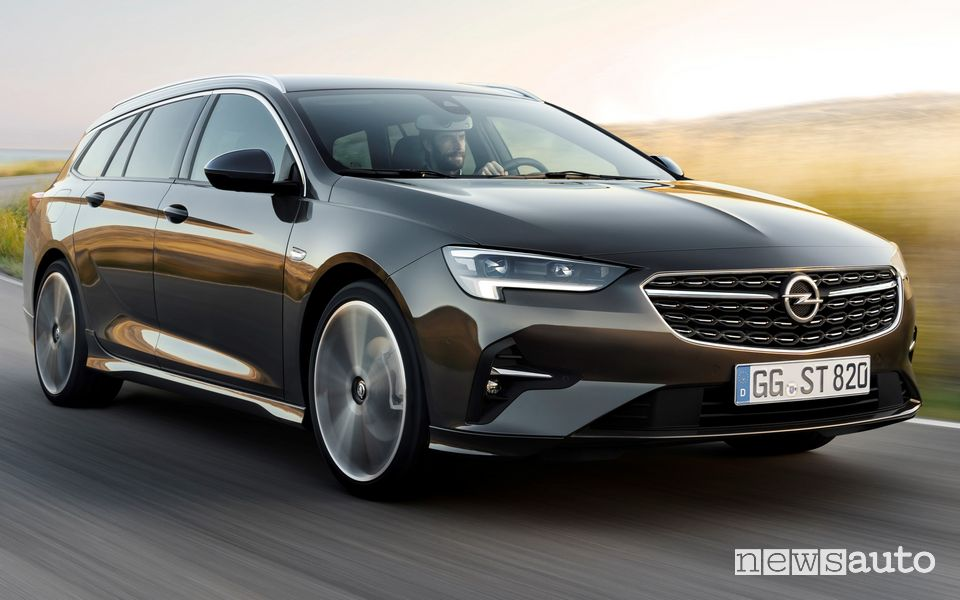 Frontale rinnovato Opel Insignia Sports Tourer 2020