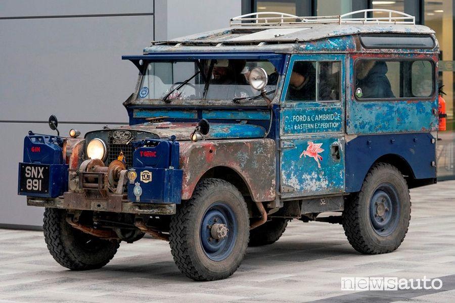 Land Rover Defender vecchia Serie I Spedizione Last Overland 2019