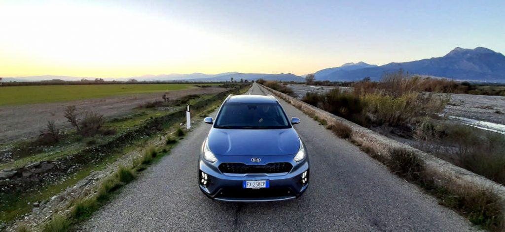 Kia Niro test drive in Calabria sulle sponde del fiume Raganello