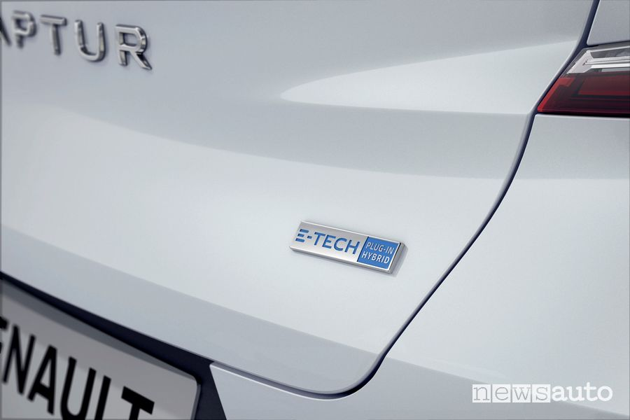 Badge E-Tech Hybrid Plug-In portellone posteriore Renault Captur E-TECH Plug-in