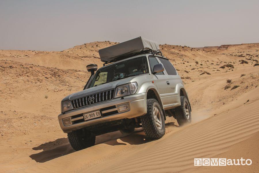 Viaggio in Tunisia 4x4 Passaggio sulla sabbia con il Toyota Land Cruiser KZJ90