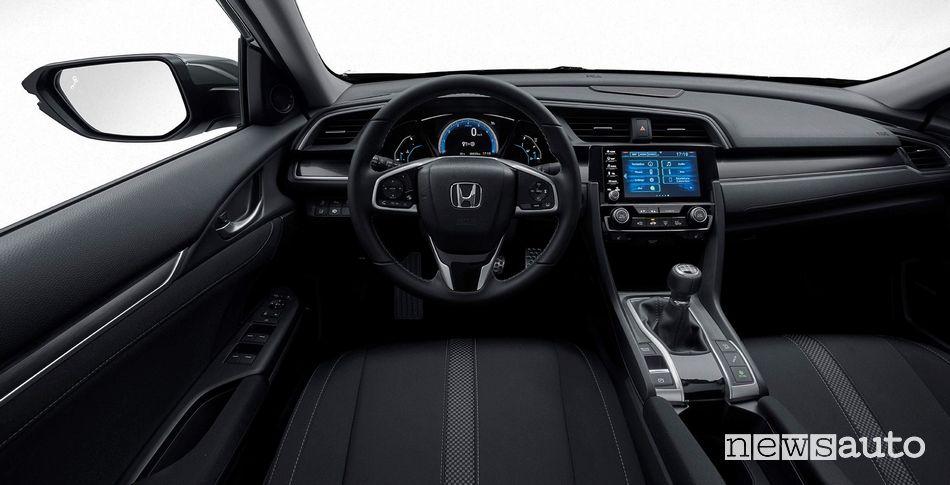 Interni, plancia strumenti Honda Civic 2020 con cambio manuale