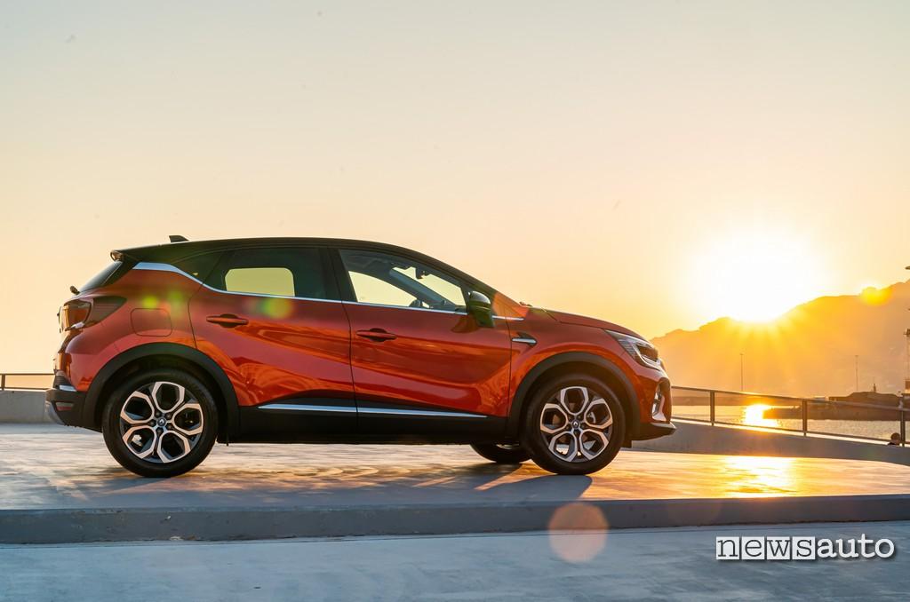 Laterale Renault Captur 2020