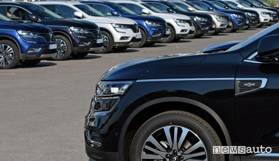 Stock auto nuove ferme nei concessionari a causa della crisi