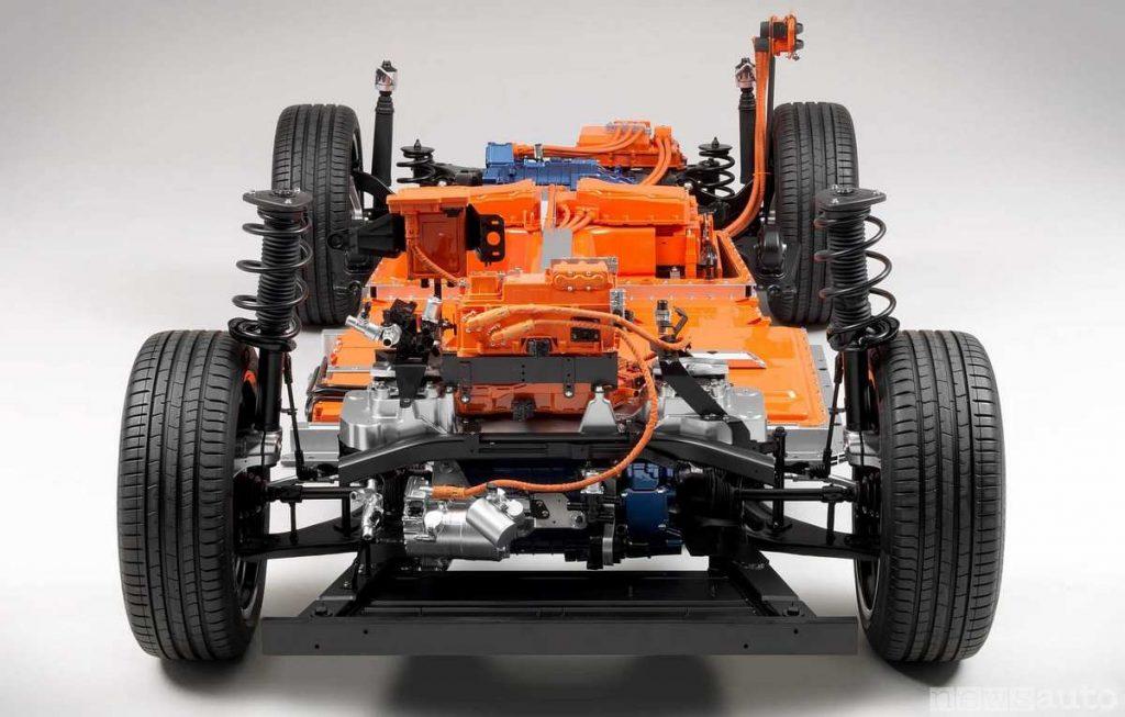 La parte elettrica importante della Volvo XC40 elettrica è colorata in rosso