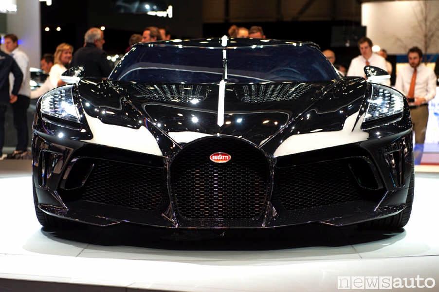 Auto del calciatore Robaldo, la Bugatti Voiture Noire