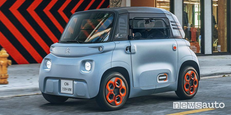 Vista di profilo Citroën Ami