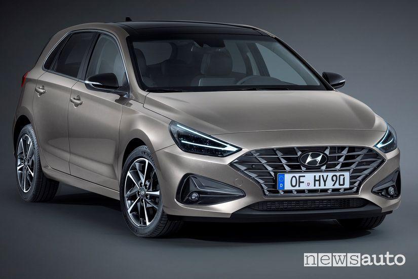 Vista anteriore Hyundai i30 2020
