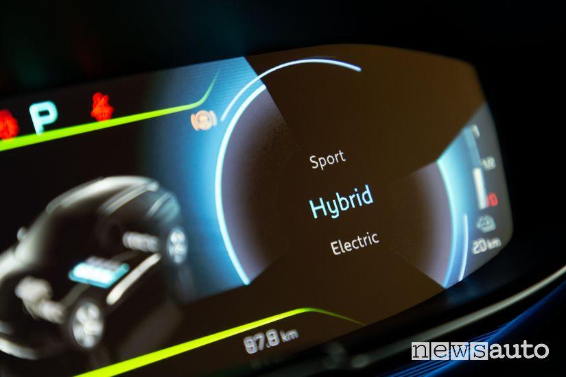 Schermata modalità di guida Hybrid quadro strumenti Peugeot 3008 Hybrid4 Plug-In