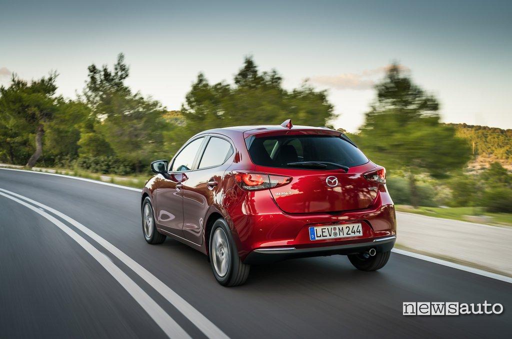 Posteriore Mazda2 2020 (paraurti, cofano, lunotto)