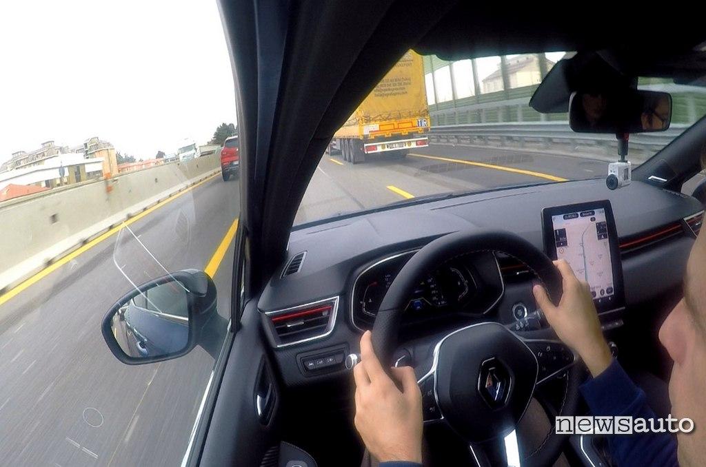 prova Guida Autonoma Renault Clio 2020