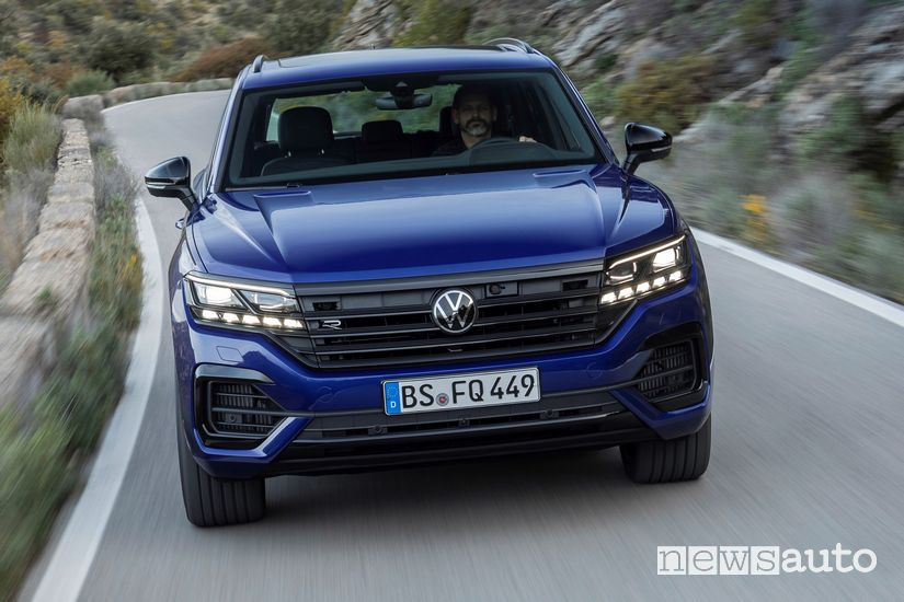 Frontale Volkswagen Touareg R plug-in PHEV