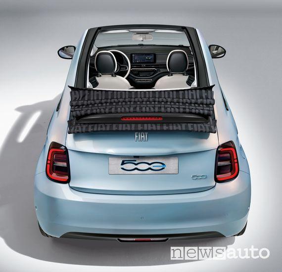 Capote aperta Fiat 500 elettrica cabrio