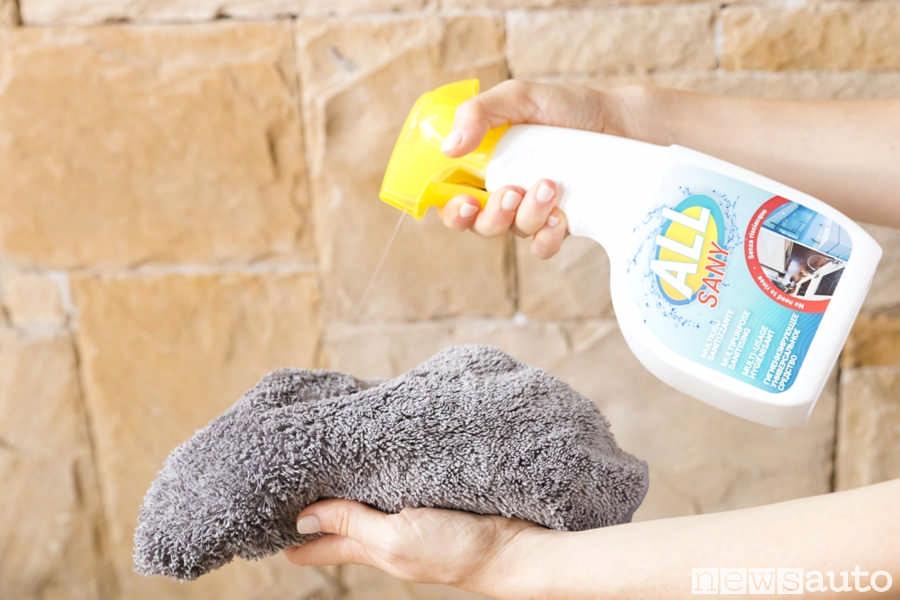 Prodotti per l'auto indicati per detergere ed igienizzare le superfici anche Coronavirus