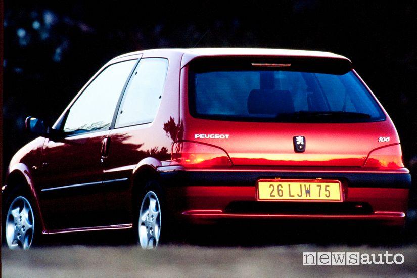 Paraurti posteriore Peugeot 106 GTI 16V del 1996