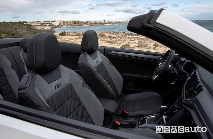 Sedili anteriori abitacolo Volkswagen T-Roc Cabriolet R-Line bianca