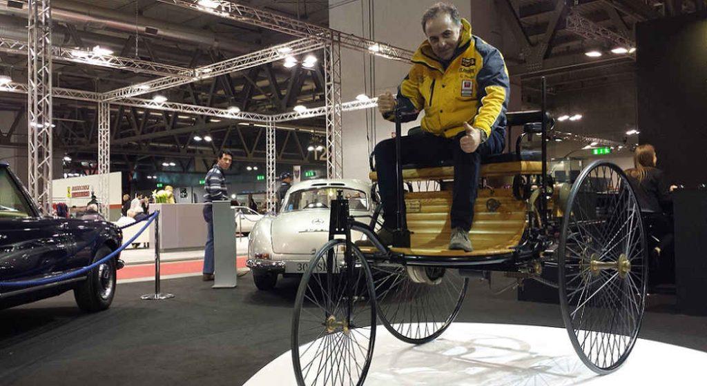 La prima auto prodotta è la Benz Patent Wagen del 1886 con una potenza di 0,75 cavalli