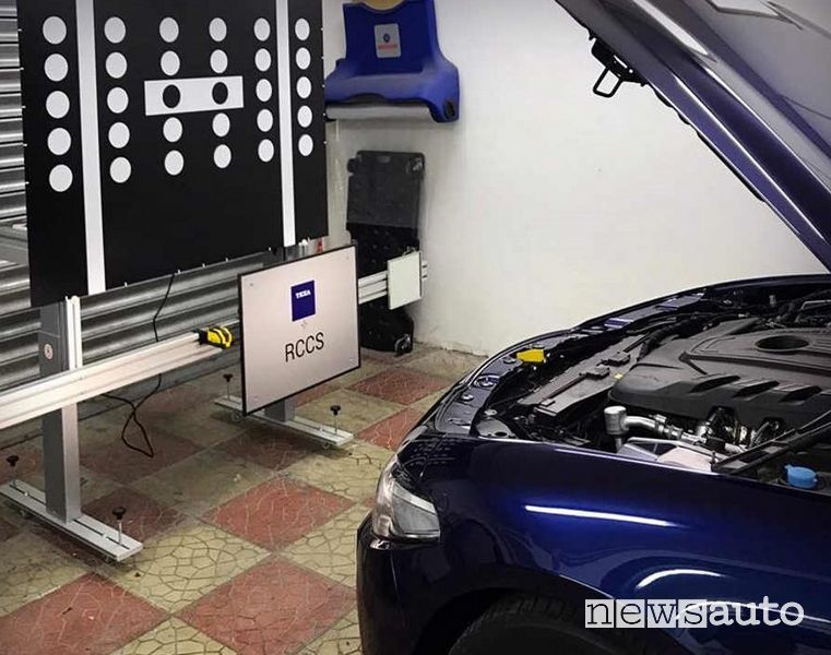 Calibrazione sensore anteriore sull'Alfa Romeo Giulia ADAS