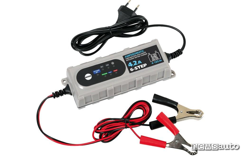 Mantenitore carica batteria auto Lampa