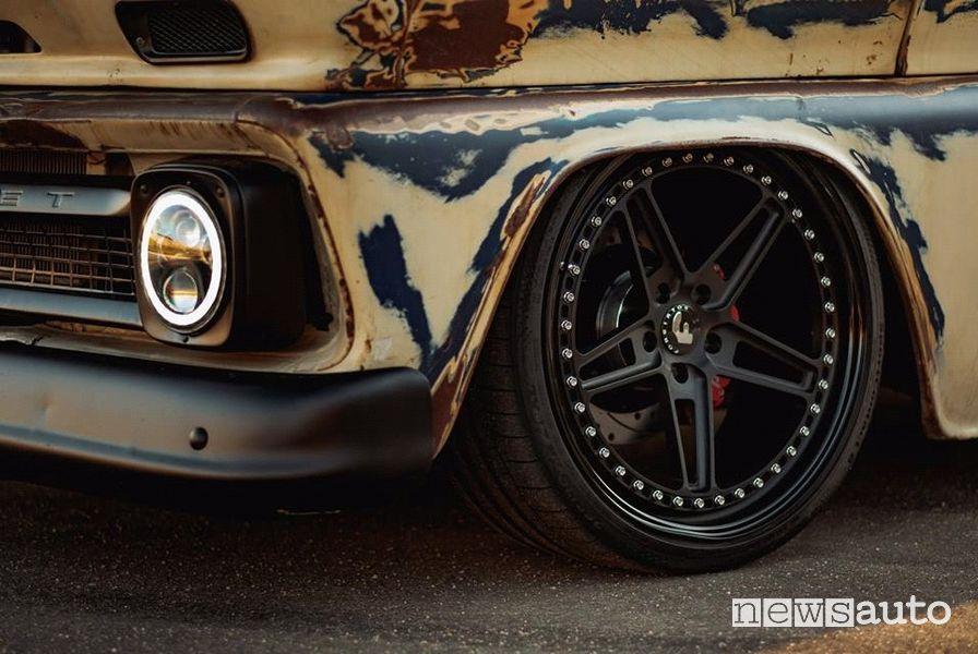 Restomod auto storiche restauro col nuovo! (retrotuning)