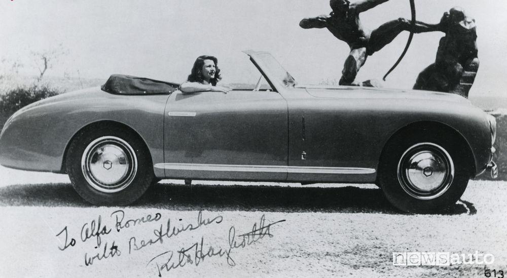 Rita Hayworth a bordo dell'Alfa Romeo 6C 2500 SS