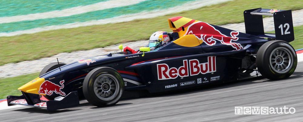 Sainz impegnato nel Campionato europeo di Formula BMW nel 2010