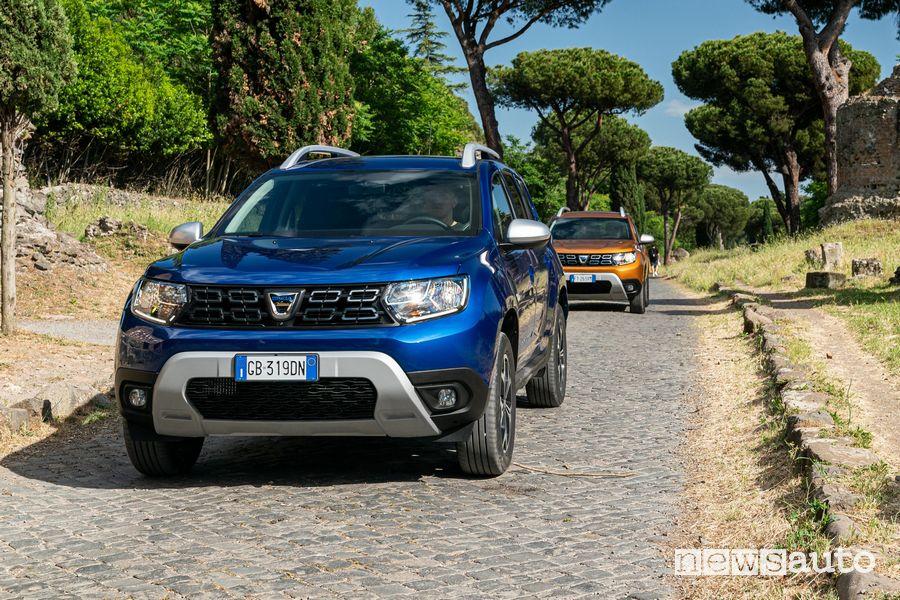 Dacia Duster GPL 15th Anniversary sull'Appia Antica a Roma