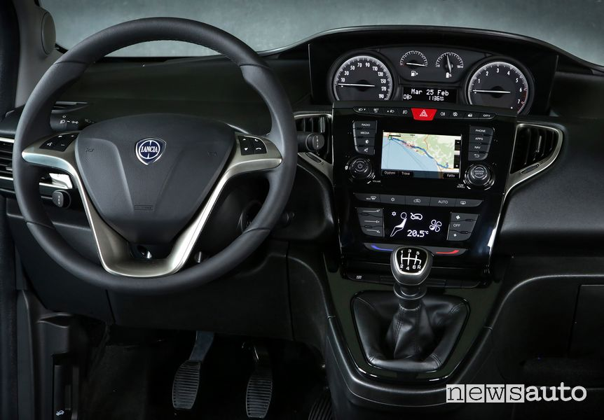 Plancia strumenti abitacolo Lancia Ypsilon Hybrid EcoChic