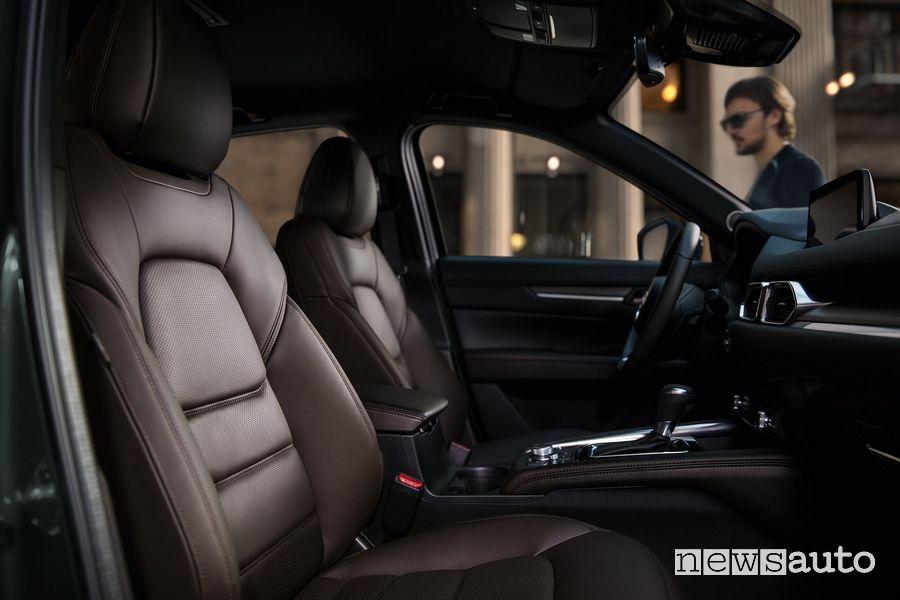 Sedili anteriori abitacolo Mazda CX-5 2020