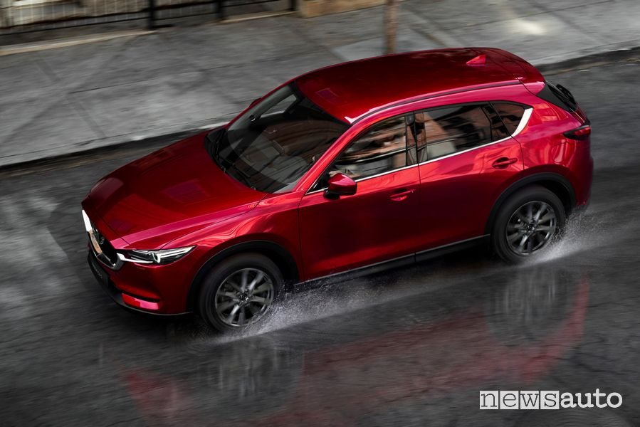 Tetto, vista dall'alto Mazda CX-5 2020 Soul Red Crystal