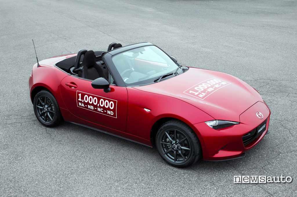 Mazda MX-5 record 1 milione spider vendute