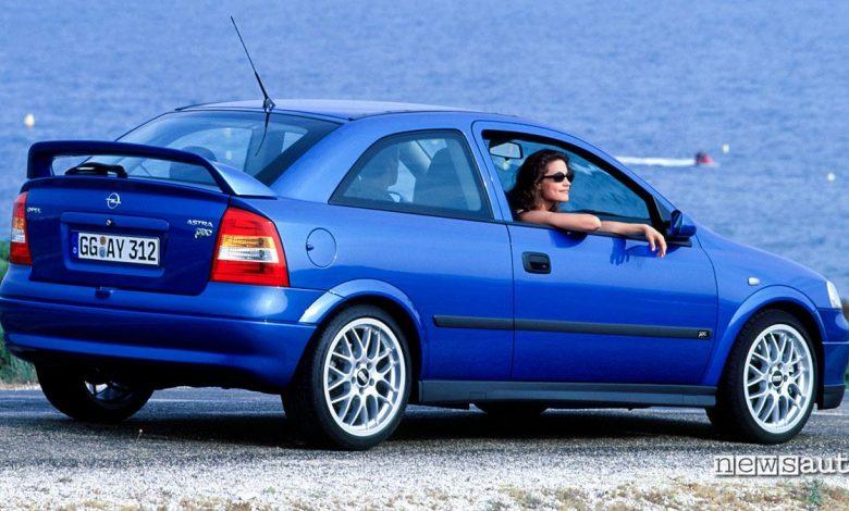 Opel Astra OPC 1999 fiancata