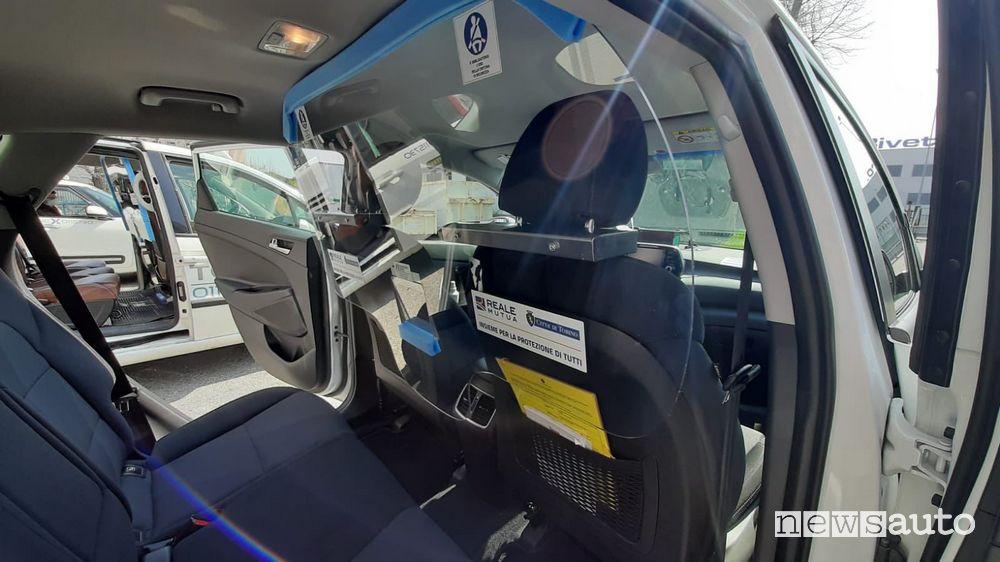 Divisori in plexigas per auto taxi