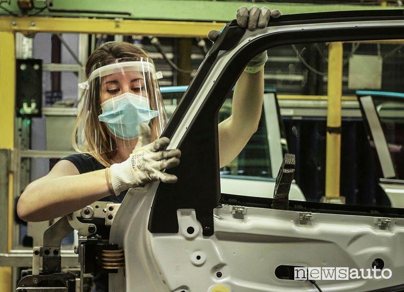 Nuova ondata Covid-19 rischio fallimento aziende dell'auto