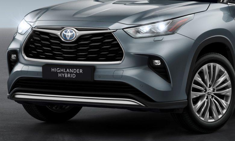 Toyota Highlander SUV ibrido 7 posti