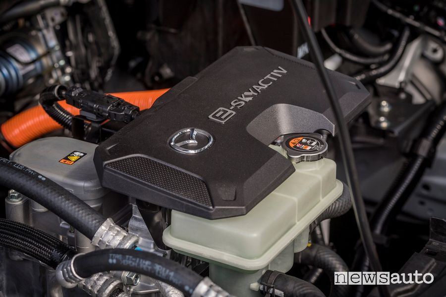 Motore elettrico e-Skyactiv Mazda MX-30 elettrica