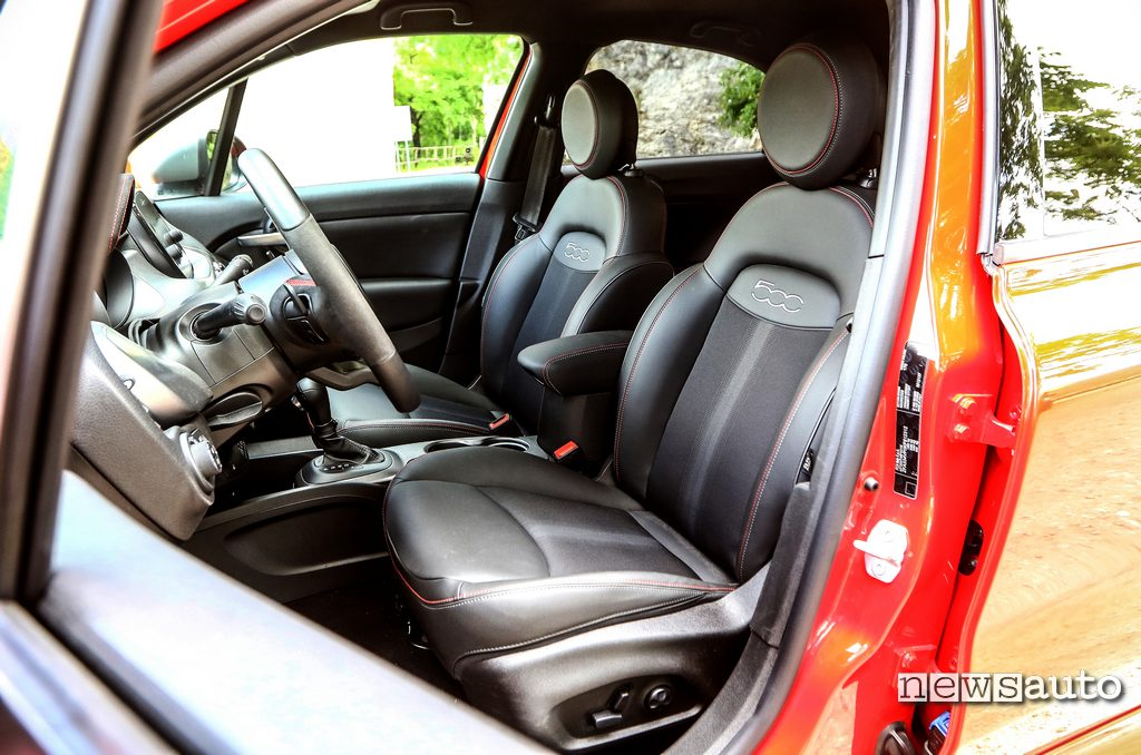 sedili anteriori Fiat 500x Sport 2020