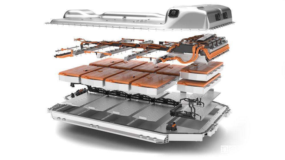 Batteria al litio BMW iX3 SUV elettrico