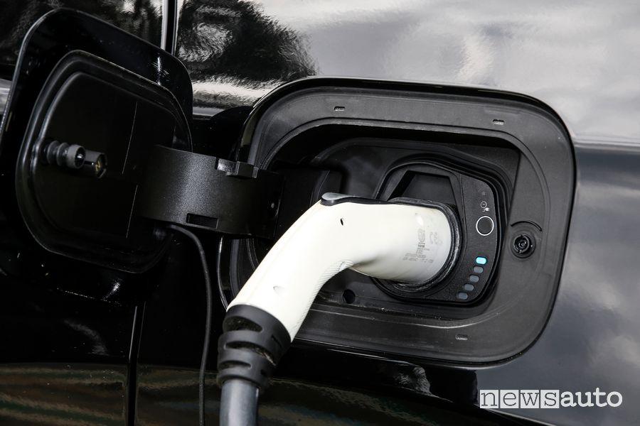 Cavo di tipo 2 per la ricarica Jeep Renegade 4xe S ibrida plug-in