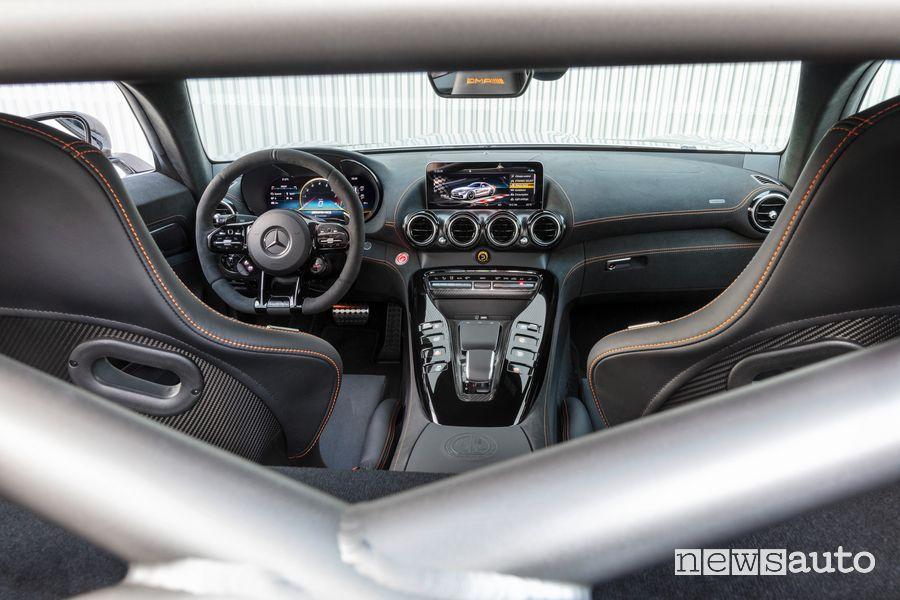 Plancia strumenti abitacolo Mercedes-AMG GT Black Series
