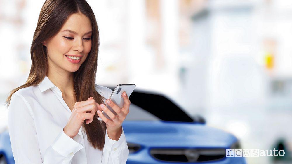 Controllo da remoto Opel Corsa-e elettrica
