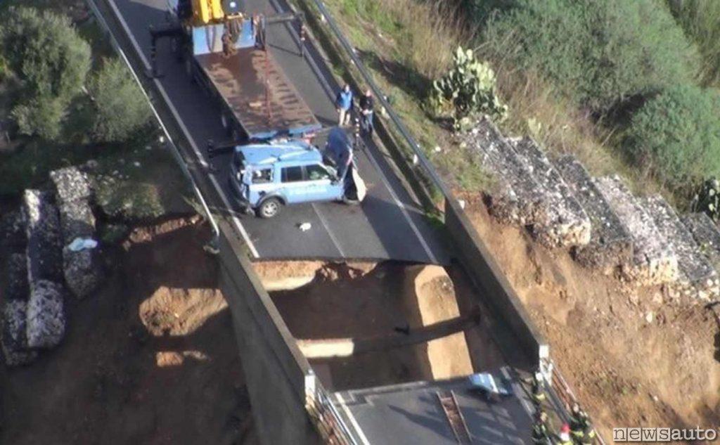 Crollo ponte in Sardegna a seguito di un alluvione nel 2013, è quello di Oloé