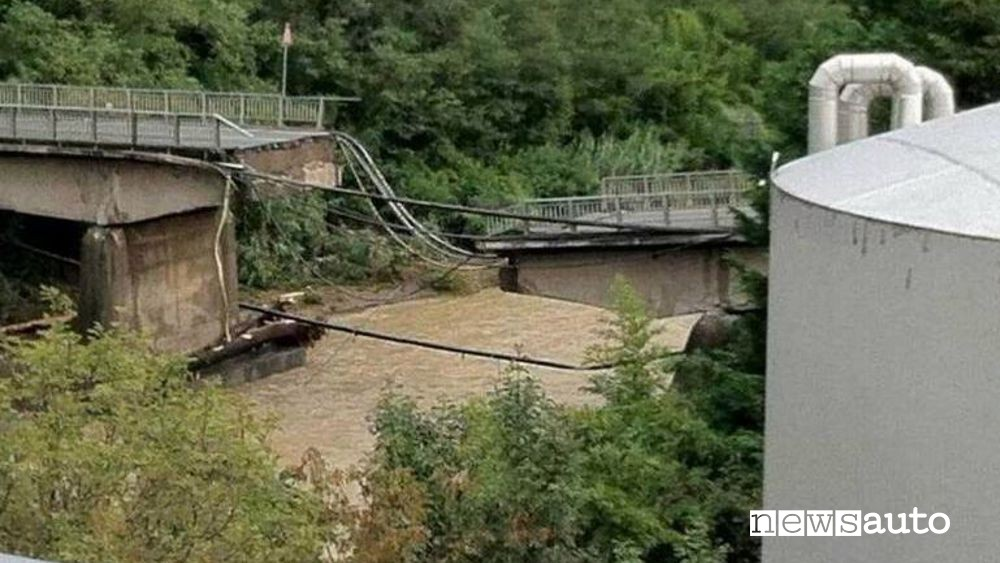crollo ponti in italia ponte carasco genova