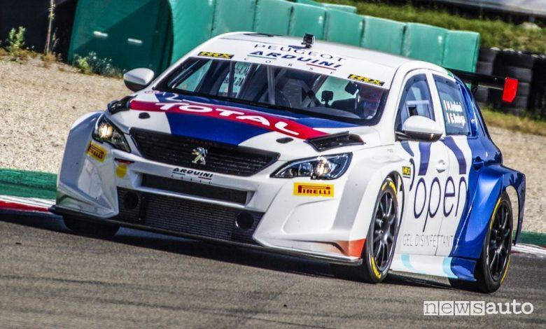 Peugeot 308 TCR, prima vittoria a Varano nella serie turismo ATCC