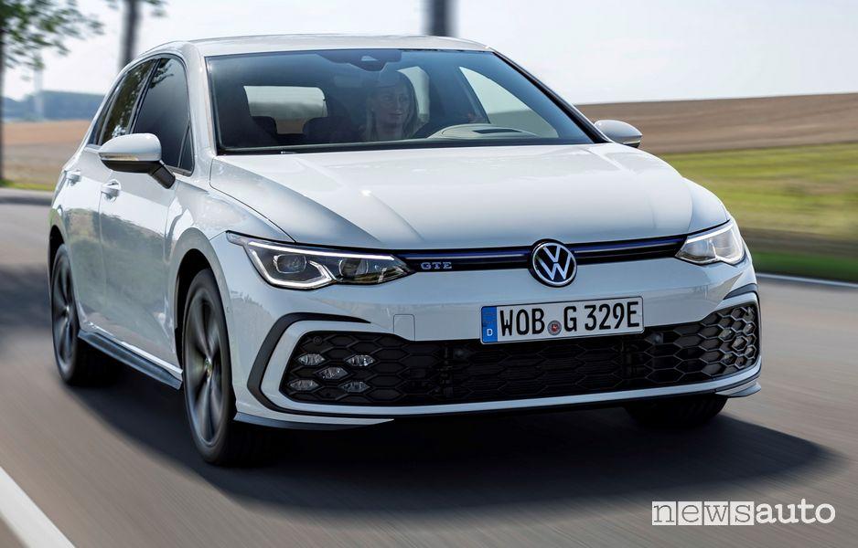 Area C Milano auto ibride ed elettriche accesso Volkswagen Golf GTE