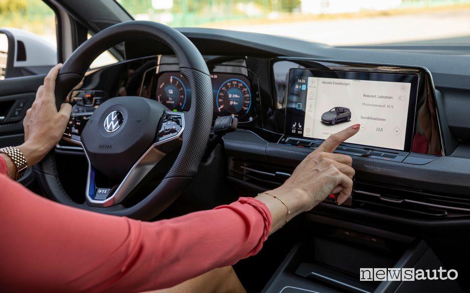 """Display infotainment 10"""" abitacolo Volkswagen Golf GTE"""