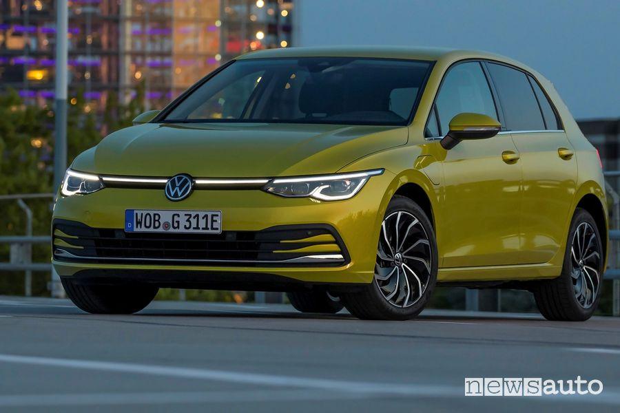 Mascherina illuminata Volkswagen Golf eHybrid