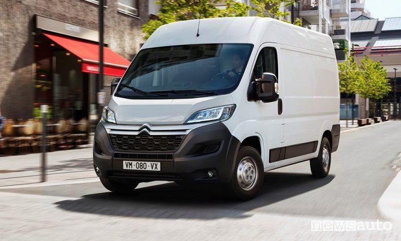 Citroën ë-Jumper, un nuovo furgone elettrico, come è caratteristiche